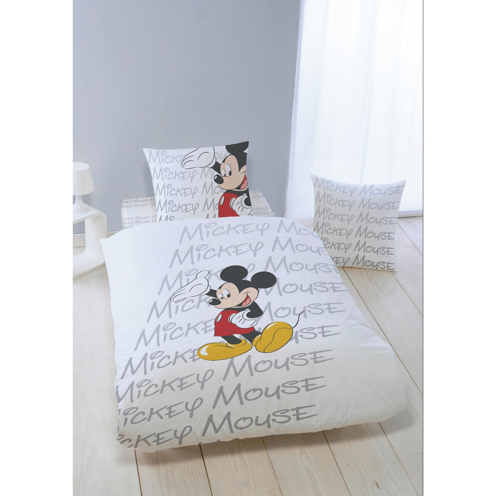 mickey mouse mickey parure de lit classique 140x200 cm. Black Bedroom Furniture Sets. Home Design Ideas