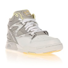 Baskets montantes Pump Omni Lite blanche