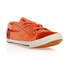 Tennis orange
