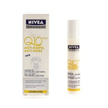 Soin anti-rides et cernes Roll on Nivea Q10 plus