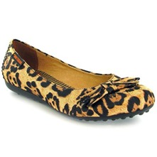 Women footwear: Brown Romeo Big Kitty Fabric Pumps