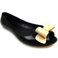 Women footwear: Black Open Toe Bow Pumps