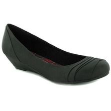 Women footwear: Black Tonic Wrinkled Pumps