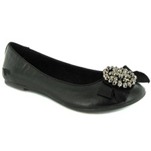 Women footwear: Black Victoria Pumps