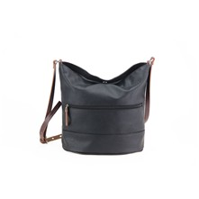 Basic - Leren bucket bag - zwart