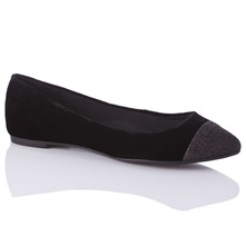 Women footwear: Black Lila Velvet Pumps