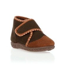 Chaussons en velours côtelé marron