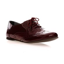 Derbies en cuir verni bordeaux