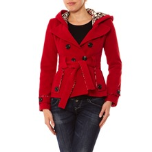 Manteau court rouge à capuche