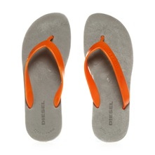 Tongs Flip-Flop grises et oranges