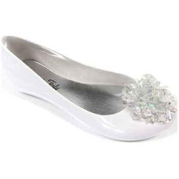 Ma Cri White Venus Bead Cluster Jelly Shoes