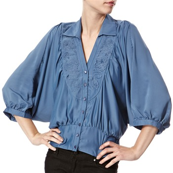 Vivi Boutique Blue Floral Applique Blouse
