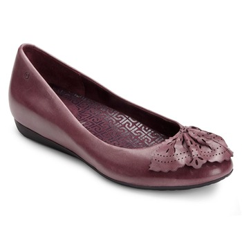 Rockport Burgundy Leather Perforated Fan Pumps