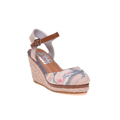 Model~Chaussures-c500