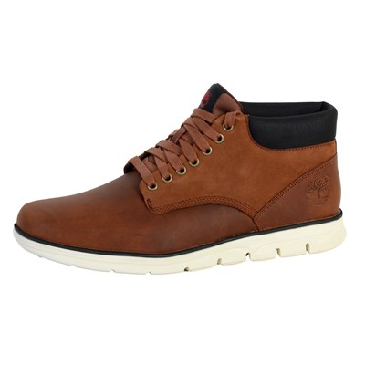 Timberland A13EE CHUKKA LEATHER BASKETS MONTANTES MARRON Chaussure France_v14924