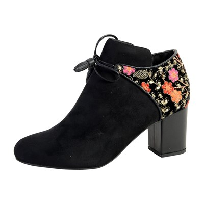 Model~Chaussures-c5345