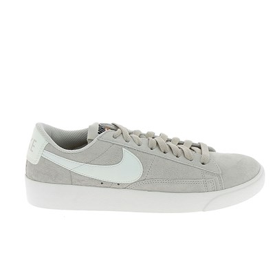 Nike BLAZER LOW SD BASKETS BASSES BEIGE Chaussure France_v10321