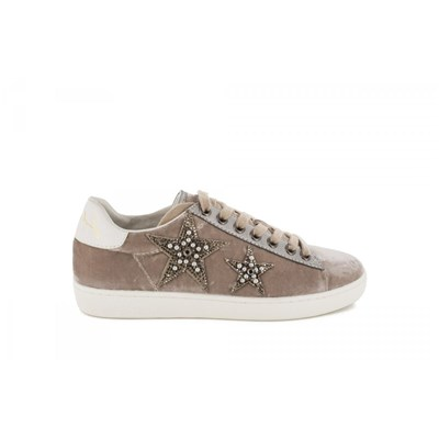 Lola Cruz BASKETS BASSES TAUPE