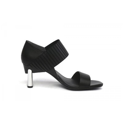 Model~Chaussures-c14475