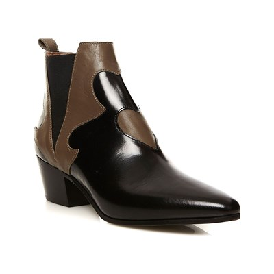 Model~Chaussures-c9032