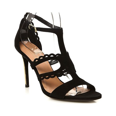 Model~Chaussures-c7634