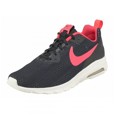 Nike AIR MAX MOTION LOW SE BASKETS RUNNING NOIR