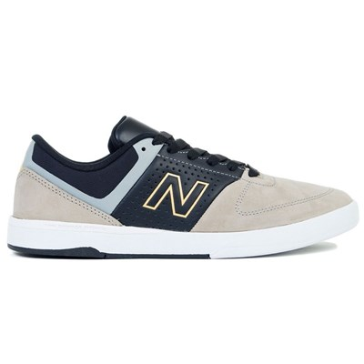 New Balance BASKETS BASSES MULTICOLORE Chaussure France_v16110