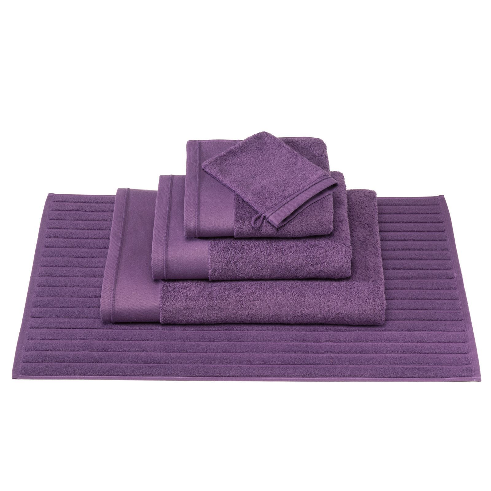 blanc cerise tout simplement bain tapis de bain violet brandalley. Black Bedroom Furniture Sets. Home Design Ideas