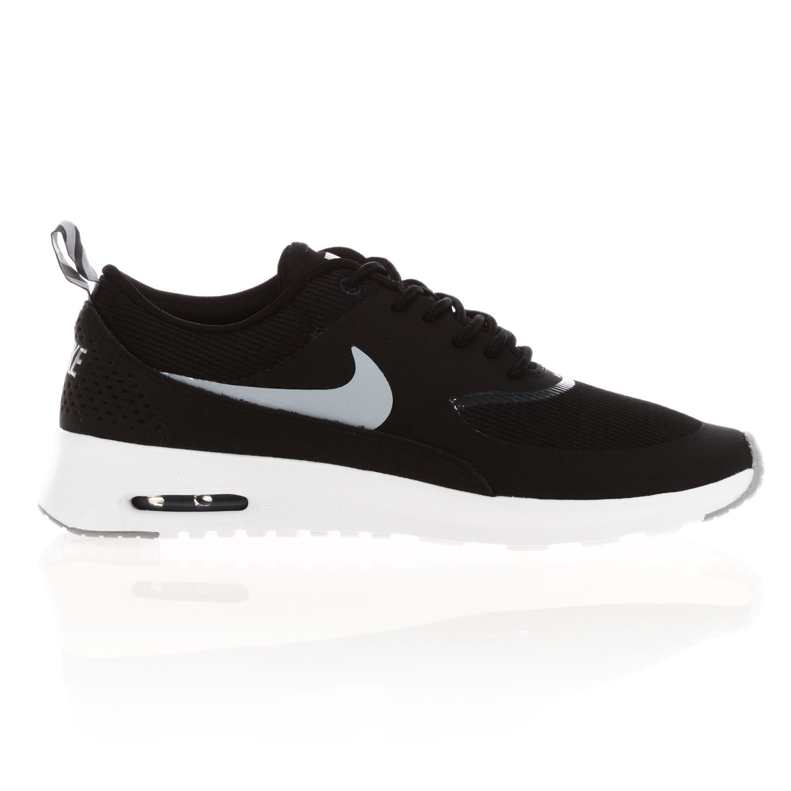 nike air max thea turnschuhe sneakers schwarz. Black Bedroom Furniture Sets. Home Design Ideas