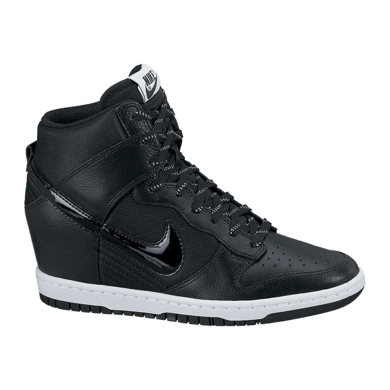 nike dunk sky hi essential baskets compens es noir. Black Bedroom Furniture Sets. Home Design Ideas