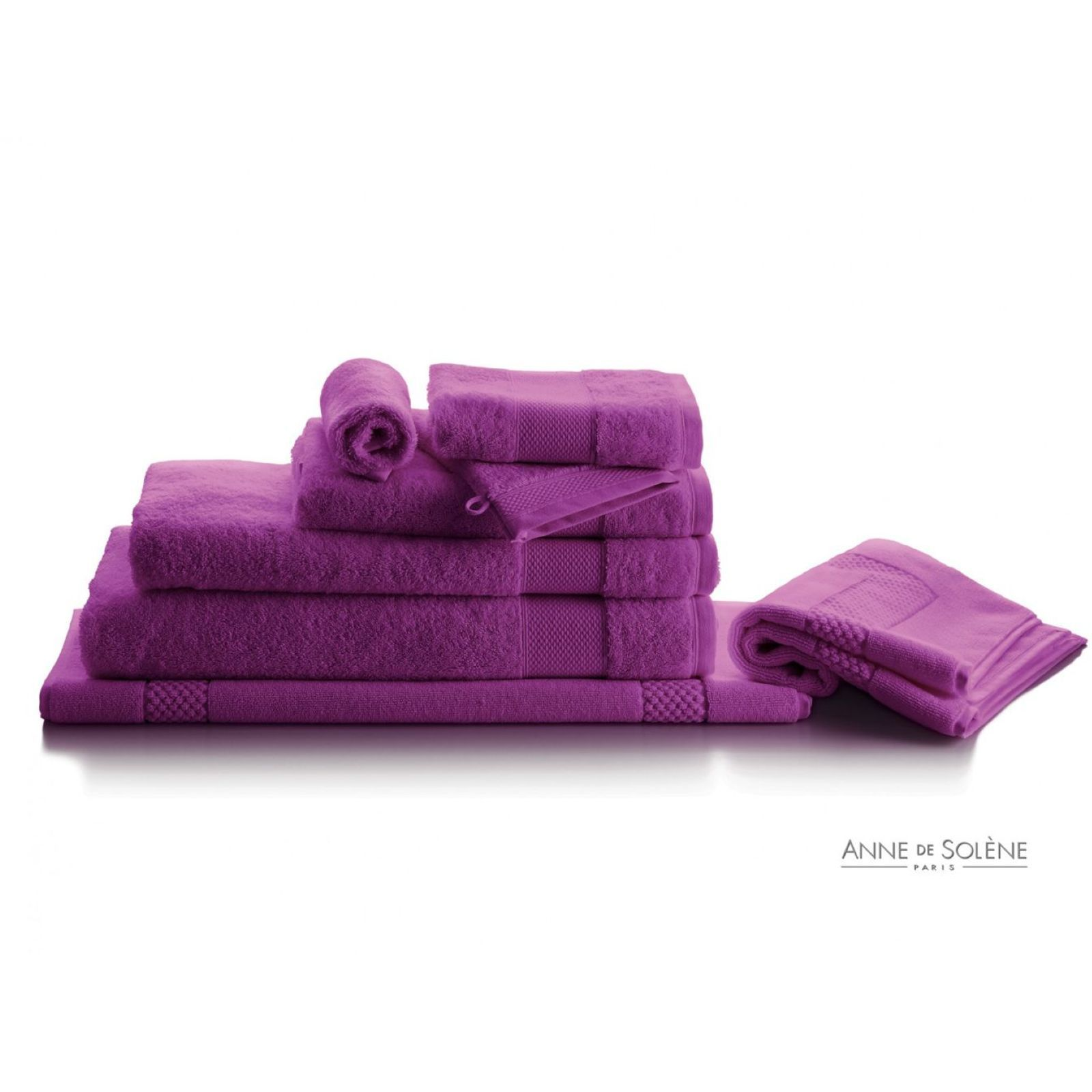 anne de sol ne p tale iris tapis de bain violet. Black Bedroom Furniture Sets. Home Design Ideas