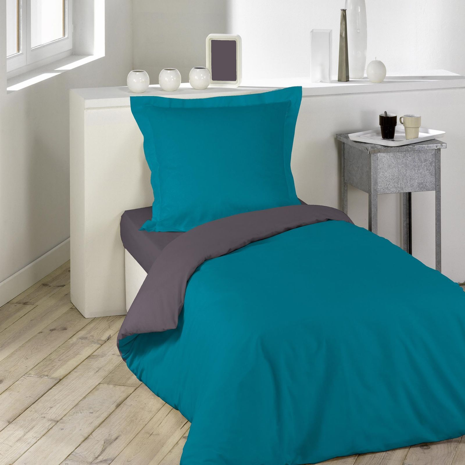 douceur d 39 int rieur outre mer parure de lit 2 pi ces bleu brandalley. Black Bedroom Furniture Sets. Home Design Ideas