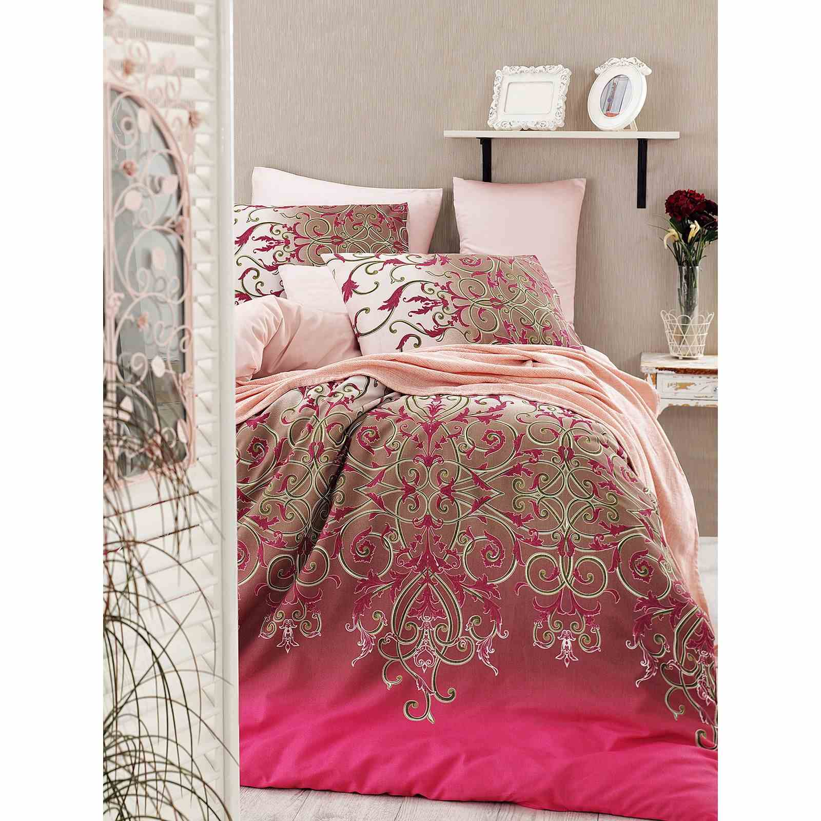 en vogue parure de lit fuchsia brandalley. Black Bedroom Furniture Sets. Home Design Ideas