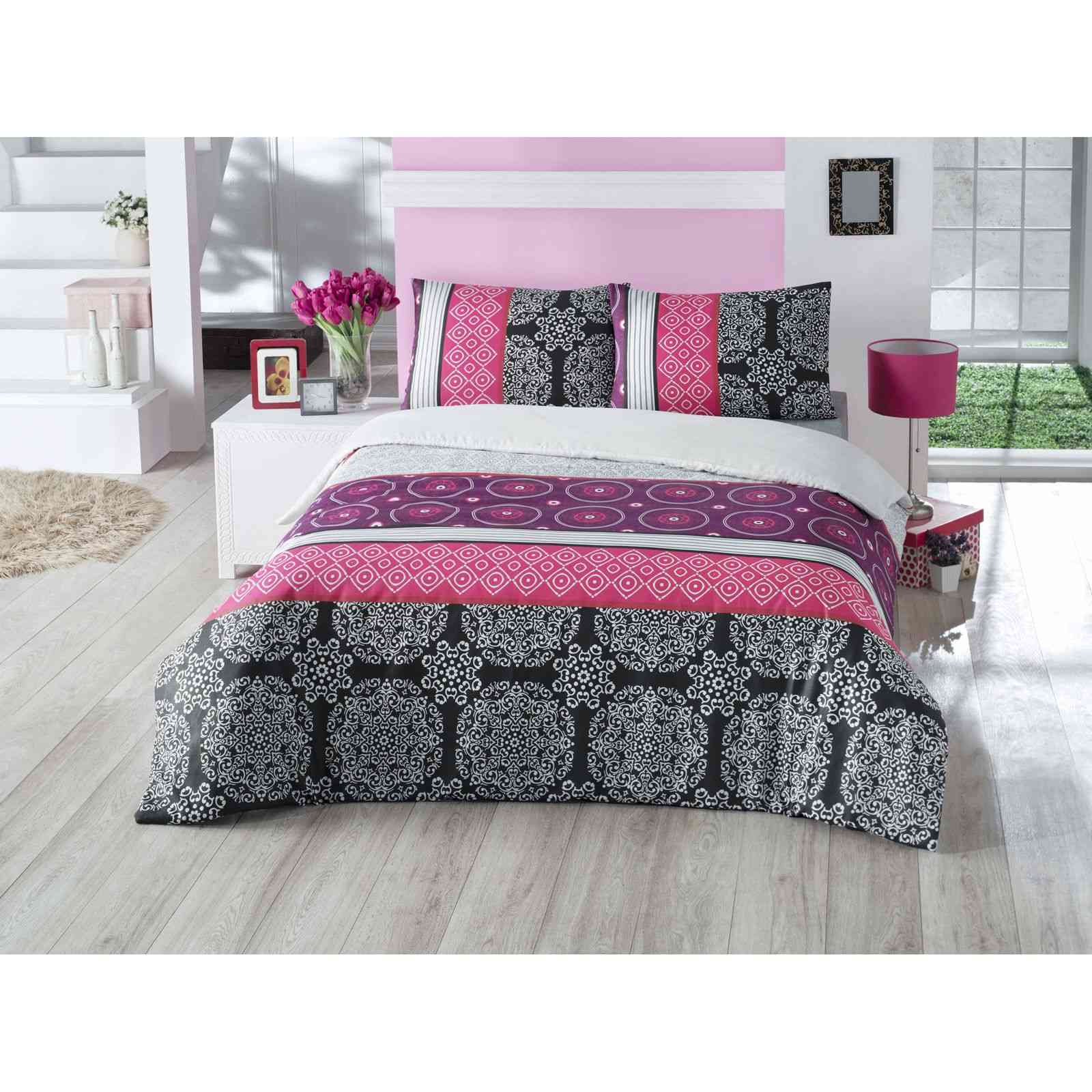 saheser parure de lit rose brandalley. Black Bedroom Furniture Sets. Home Design Ideas
