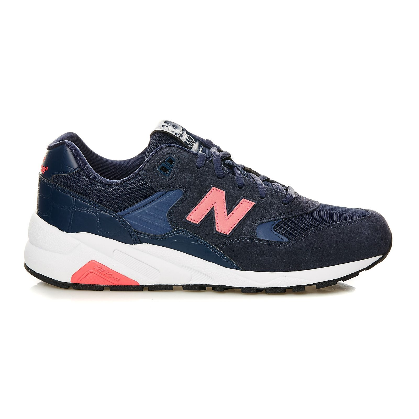 new balance bleue marine or