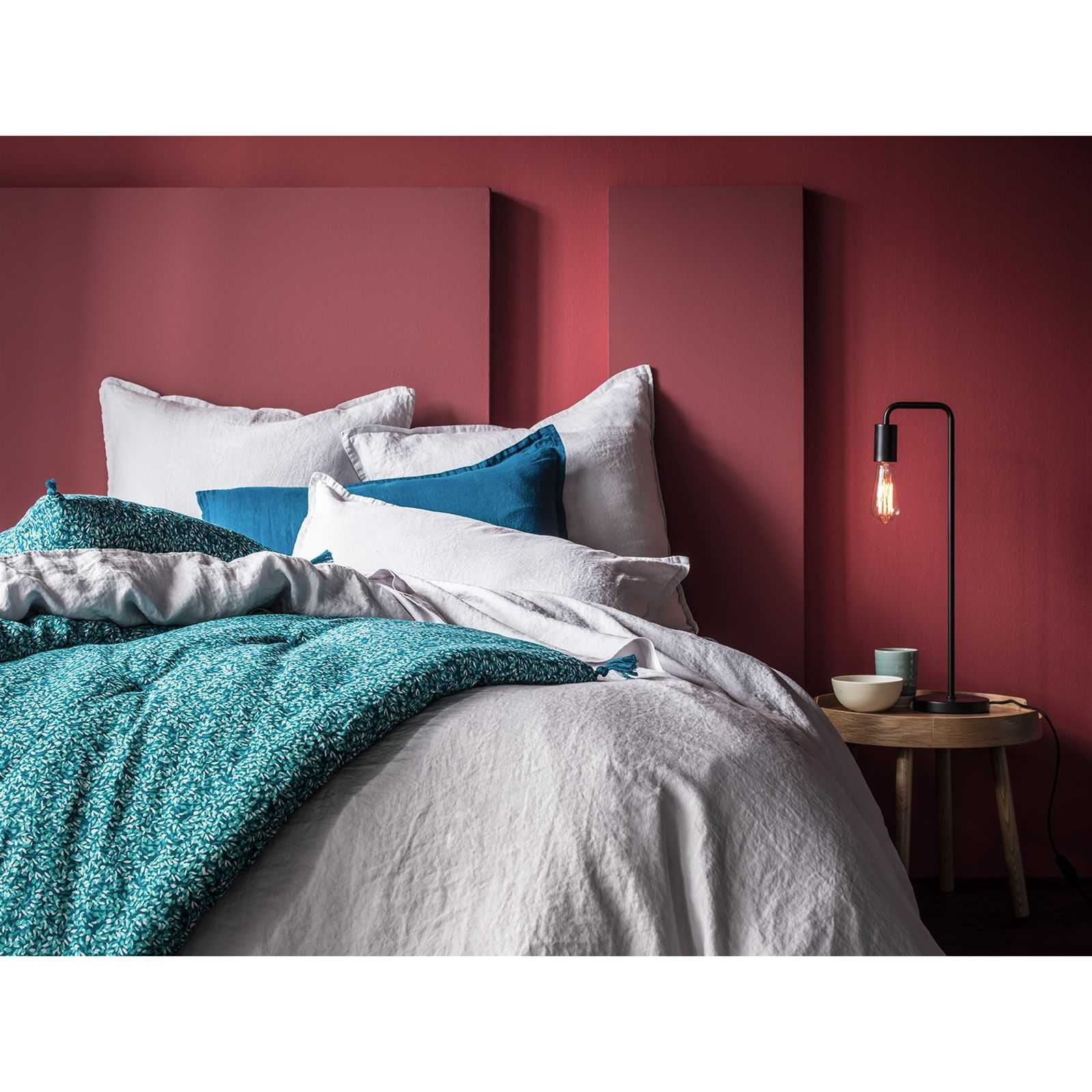 blanc cerise mille et une feuilles edredon avec housse bleu canard brandalley. Black Bedroom Furniture Sets. Home Design Ideas