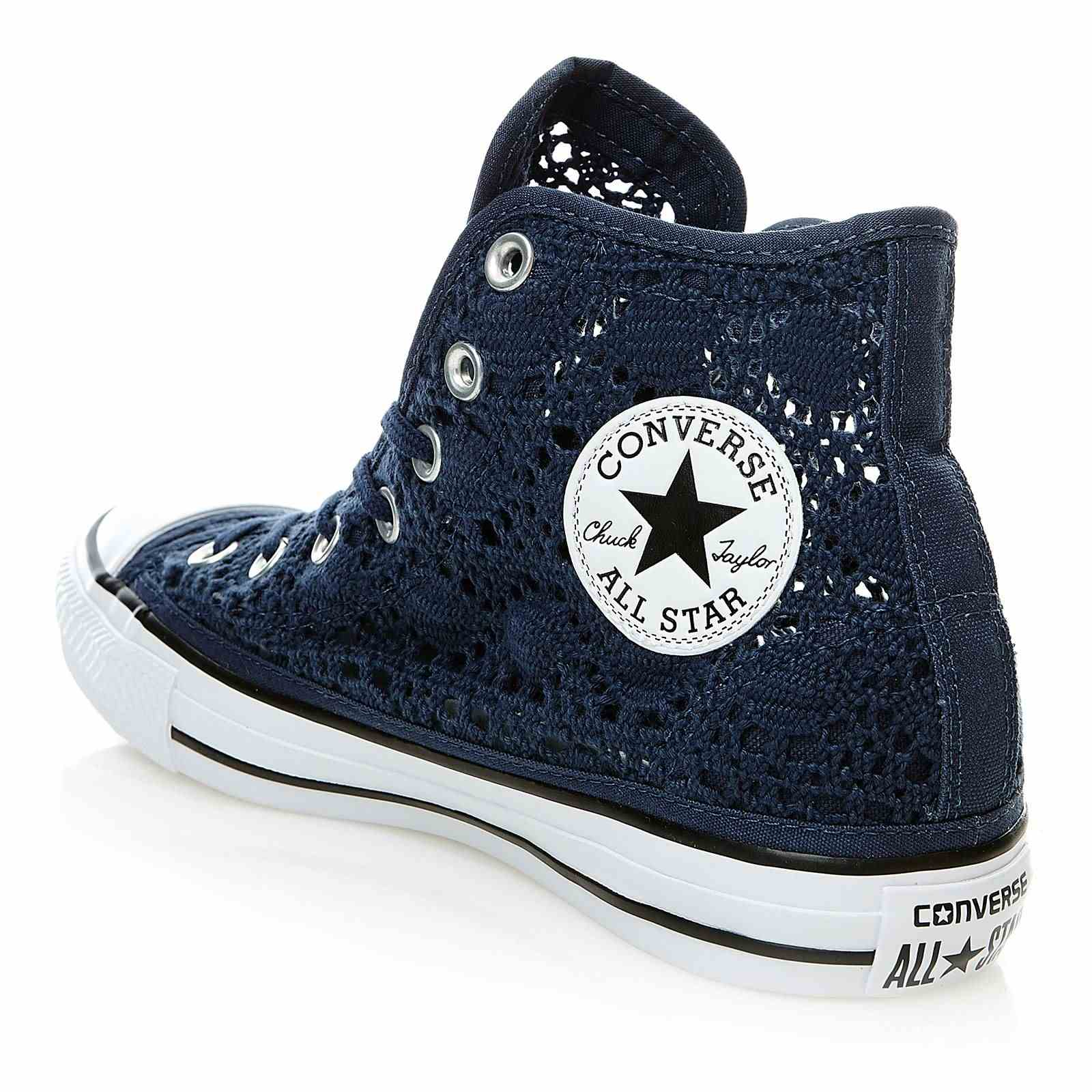 converse chuck taylor all star hi baskets montantes en crochet bleu marine brandalley. Black Bedroom Furniture Sets. Home Design Ideas