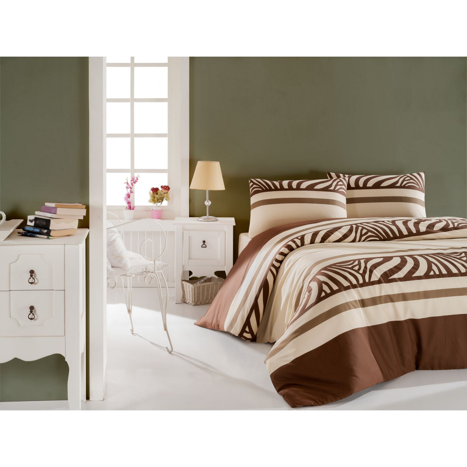 cotton box parure de lit marron brandalley. Black Bedroom Furniture Sets. Home Design Ideas