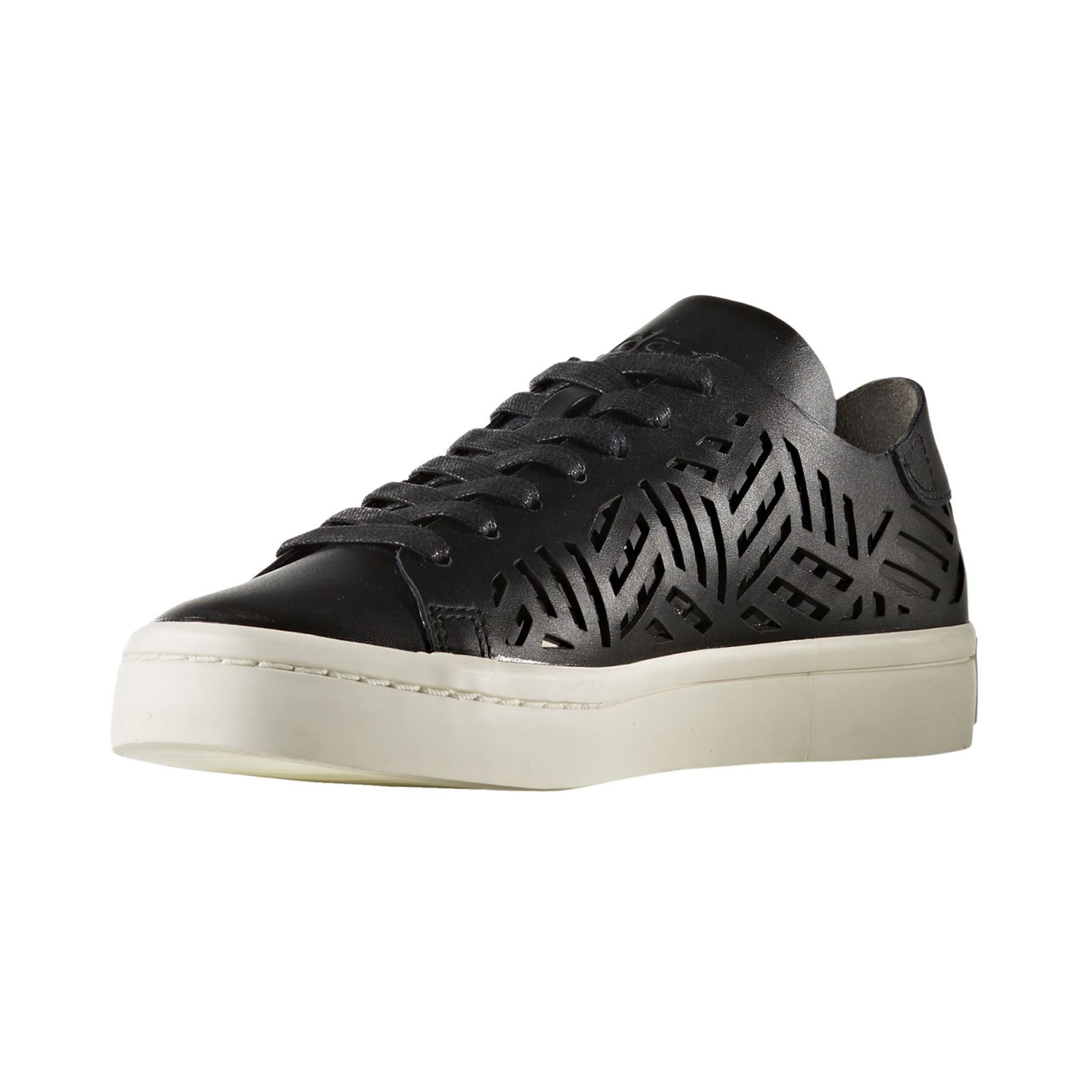 Adidas Originals COURTVANTAGE CUTOUT Sneakers in pelle nero