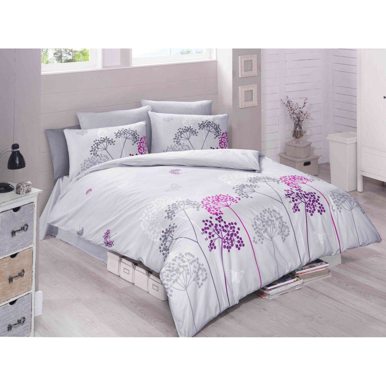 victoria parure de lit mauve brandalley. Black Bedroom Furniture Sets. Home Design Ideas