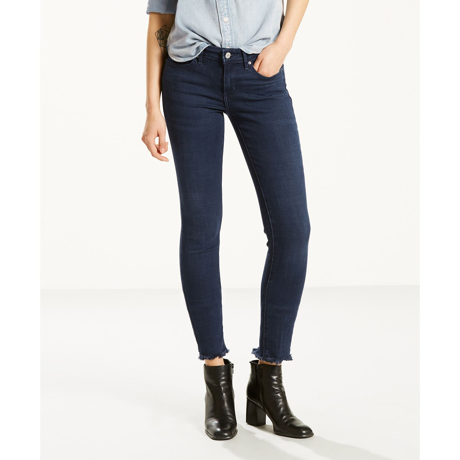 Levi 39 s 711 jean skinny denim bleu brandalley for 10 moulmein rise la maison