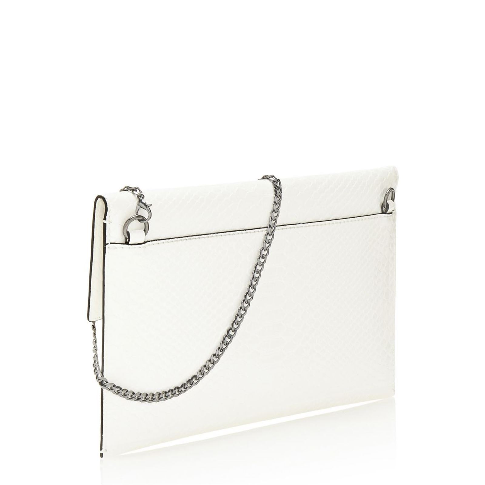3595444527 Guess Ever after - Sac pochette - blanc | BrandAlley