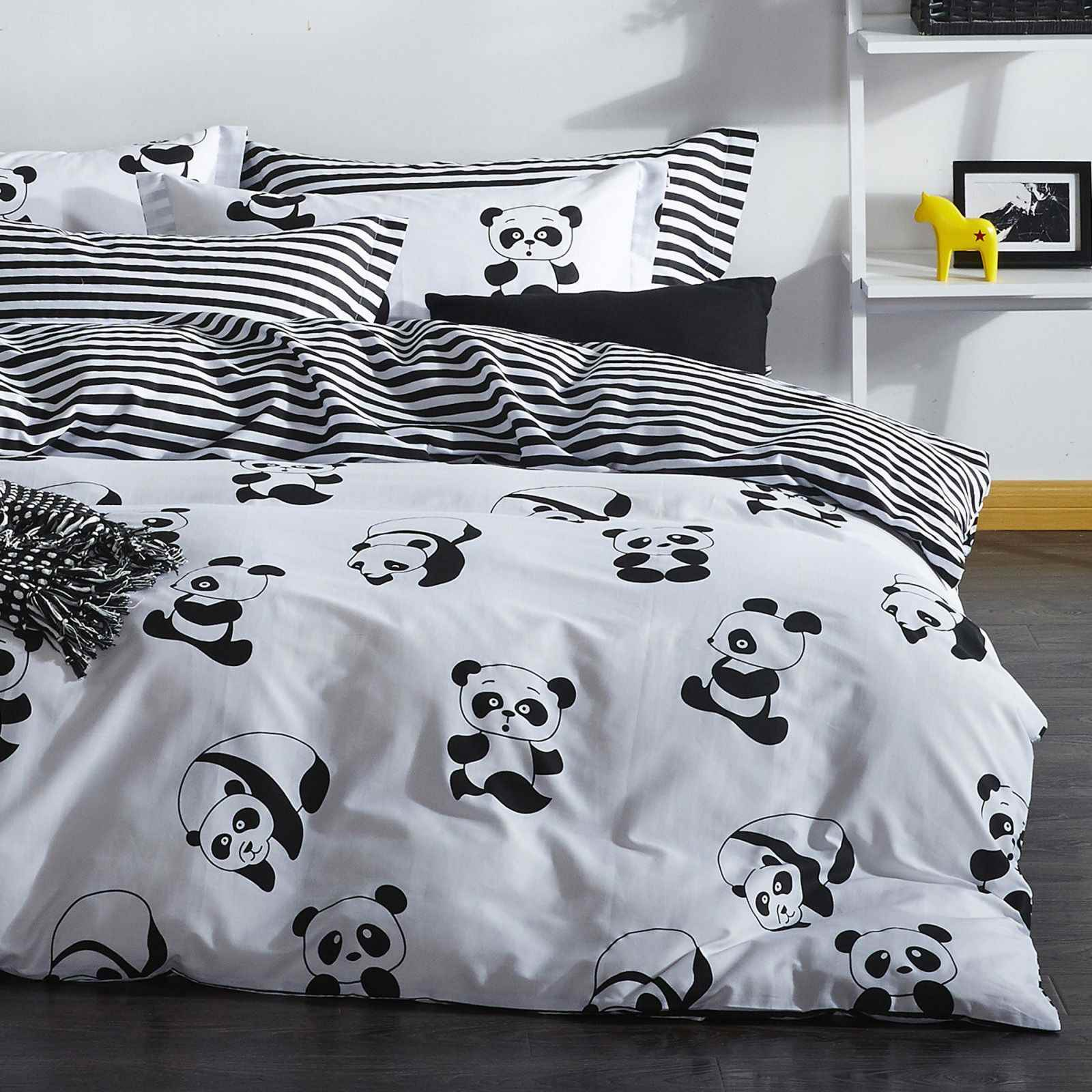 enlora home panda parure de lit blanc brandalley. Black Bedroom Furniture Sets. Home Design Ideas