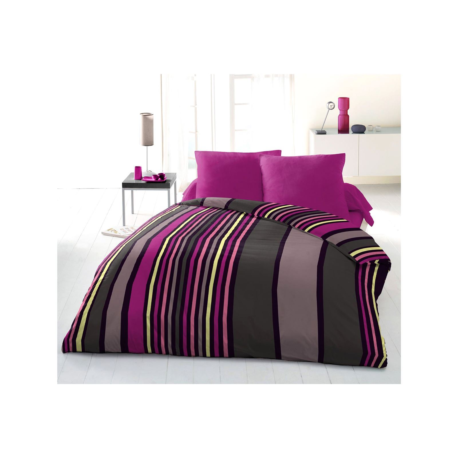 sweet home parure de lit multicolore brandalley. Black Bedroom Furniture Sets. Home Design Ideas