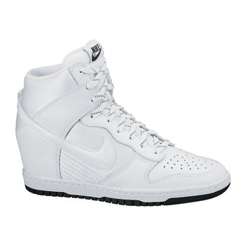 basket nike dunk sky high blanc