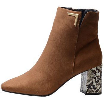 The Divine Factory - Boots - camel