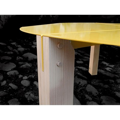 ENTREAUTRE Tools - Table basse ronde - jaune