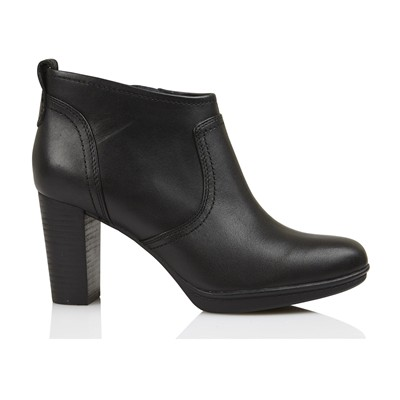 d3e7fbe2c06a3 Tommy Hilfiger - Bottines Bout allongé Surpiqûres par endroits Fermeture  zippée sur le côté Talon carré Composition extérieure   cuir Couleur  Noir  ...