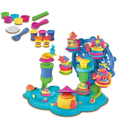 HASBRO Carrousel gâteau Play Doh - multicolore