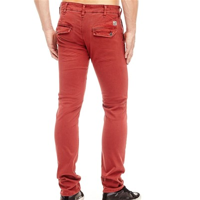 GUESS Slim - rouge